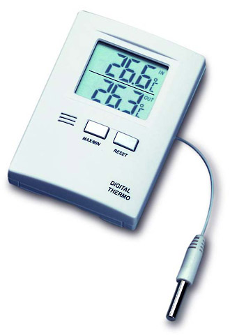 Kalibrovaný digitální teploměr TFA 30.1012 s MIN/MAX, pro skladování léků (Digitální teploměr TFA 30.1012 s externím a interním čidlem, dodán včetně kalibračního listu)