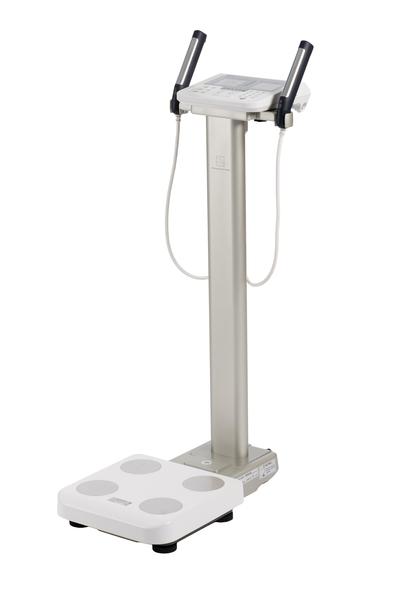 Tělesný analyzátor Tanita MC-780MA P, cejchuschopný (Segmentální multifrekvenční tělesný analyzátor TANITA MC-780MA P, se stojanem)